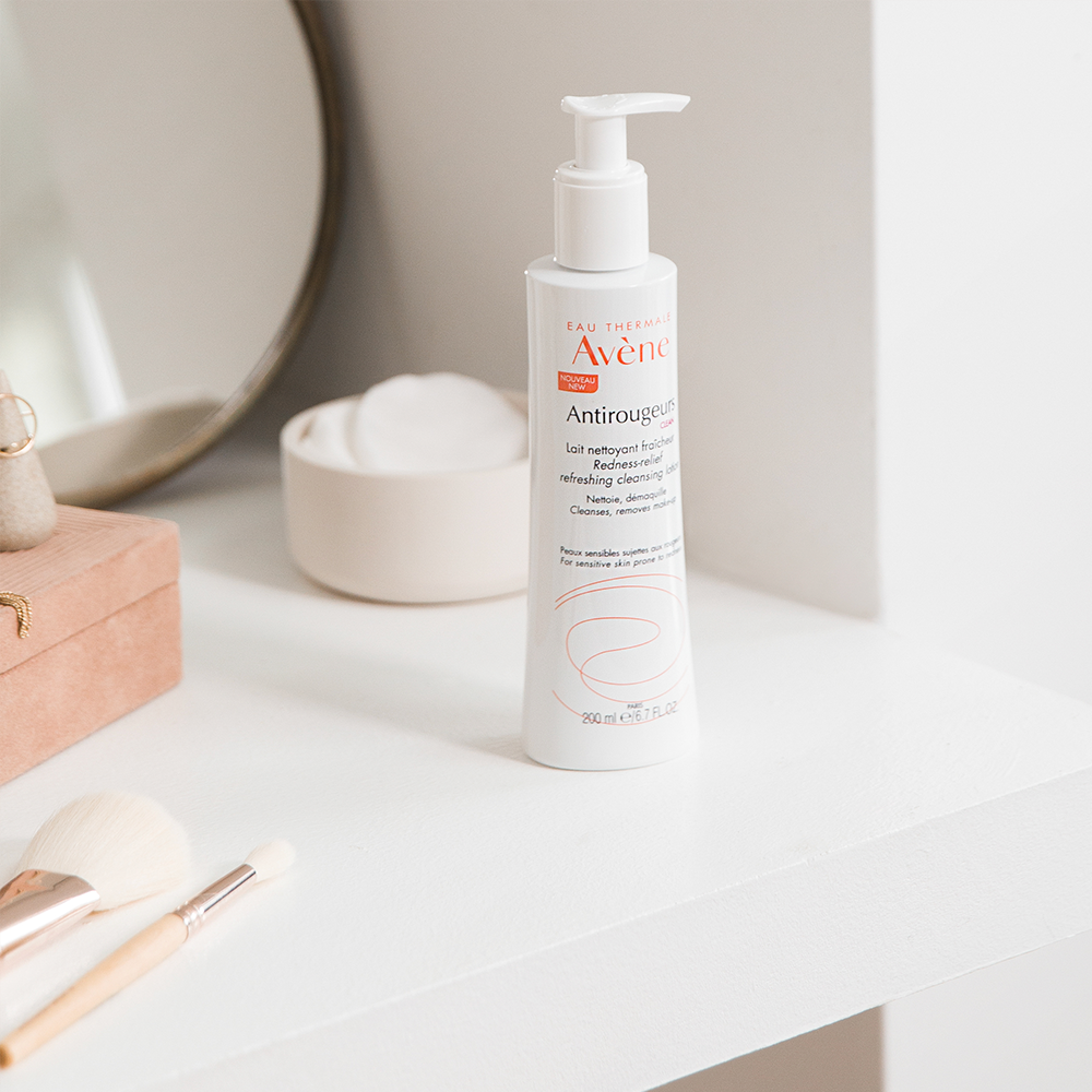 Avène Skin Care Antirougeurs Refreshing Cleansing Lotion