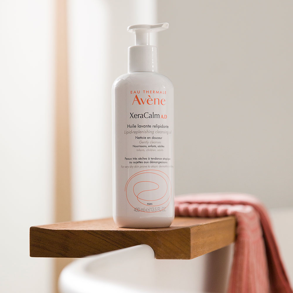 Avène Skin Care XeraCalm A.D Lipid-Replenishing Cleansing Oil